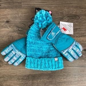 Hat & Gloves set.